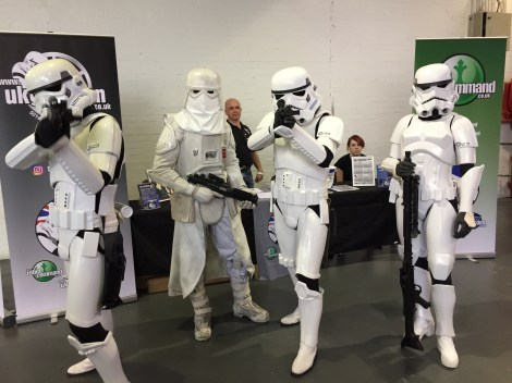 LFCC-Cosplay-Stormtroopers