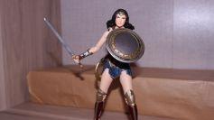 FOTF Mafex Medicom Wonder Woman Review 5
