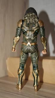 Mafex-Aquaman-Justice-League-Review-13