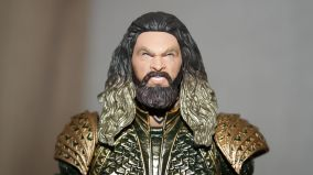 Mafex-Aquaman-Justice-League-Review-15
