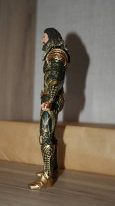 Mafex-Aquaman-Justice-League-Review-17