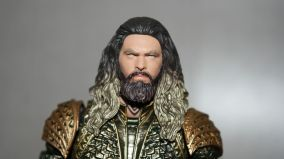 Mafex-Aquaman-Justice-League-Review-6
