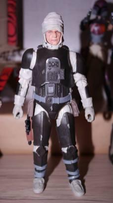 FOTF Star Wars Black Series Dengar Review 7