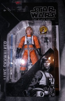 Black Series Archive Luke Skywalker Review 3