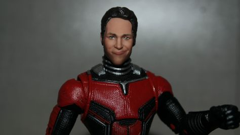 Marvel-Legends-Ant-Man-Review-3