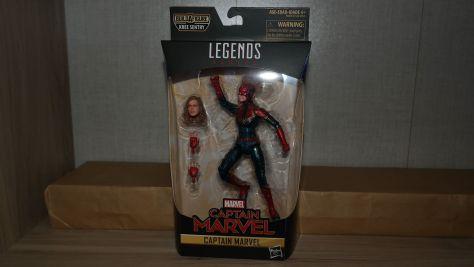 Marvel-Legends-Captain-Marvel-Review-10