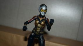 Marvel-Legends-The-Wasp-Review-2