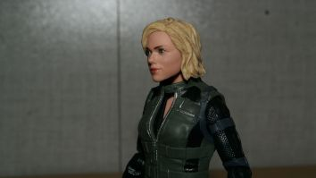 Marvel-Legends-Black-Widow-Avengers-Infinity-War-Review-11