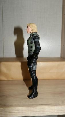 Marvel-Legends-Black-Widow-Avengers-Infinity-War-Review-13