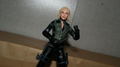 Marvel-Legends-Black-Widow-Avengers-Infinity-War-Review-7