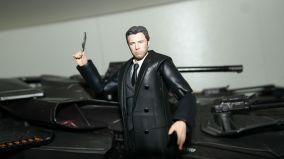 FOTF Justice League Bruce Wayne Medicom Toy Mafex Review 7