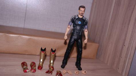S.H Figuarts Tony Stark Iron Man 3 Review 5