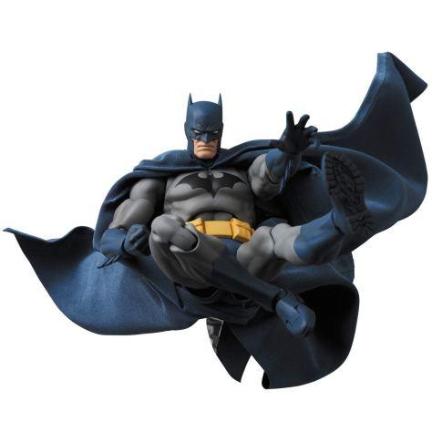 Medicom-MAFEX-DC-Comics-Hush-Batman-Promo-12