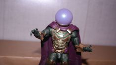 Marvel Legends Review Mysterio (Spider-Man Far From Home) 1
