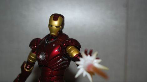 Tamashii Nations S.H. Figuarts Iron Man Mark III Review 12