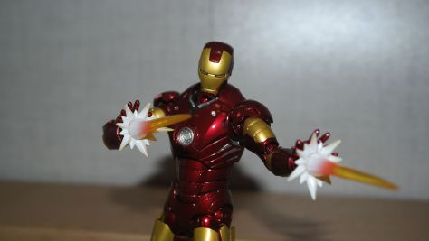 Tamashii Nations S.H. Figuarts Iron Man Mark III Review 6