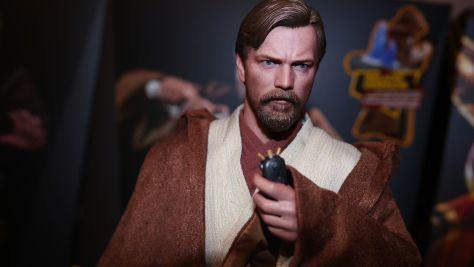 Hot Toys Review   Obi-Wan Kenobi (Deluxe Version) Star Wars: Revenge Of the Sith