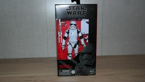 Black-Series-Review-First-Order-Stormtrooper-The-Rise-Of-Skywalker-1