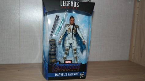 Marvel-Legends-Review-Hasbro-Valkyrie-Avengers-Endgame-1