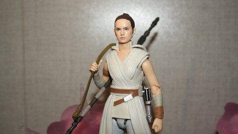 S.H. Figuarts Review | Rey & D-O (Star Wars The Rise Of Skywalker)