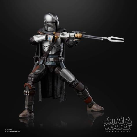 STAR WARS THE BLACK SERIES 6 INCH THE MANDALORIAN Figure 001