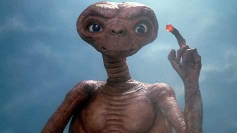 ET-The-Extra-Terrestrial-002