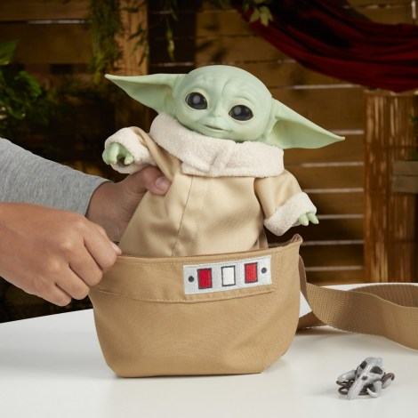 STAR-WARS-THE-CHILD-ANIMATRONIC-EDITION-WITH-3-IN (13)