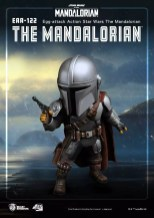 Mandalorian-and-Child-Egg-Attack-003