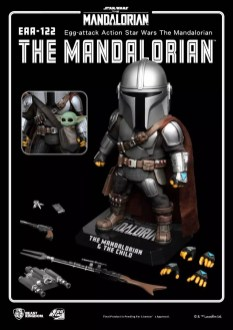 Mandalorian-and-Child-Egg-Attack-005