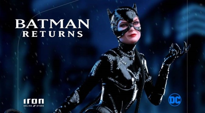Batman Returns | Michelle Pfieffer's Catwoman Statue From Iron Studios
