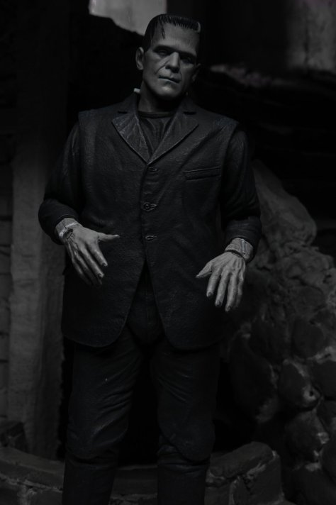 universal-monsters-frankensteins-monster-revealed-by-neca