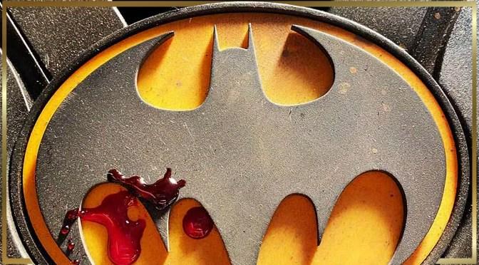 First Look | Michael Keaton's Batman Logo From The Flash