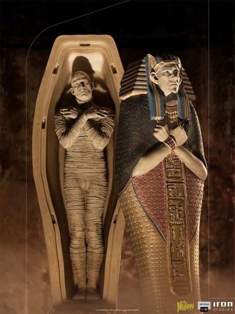 The Mummy Statue by Iron Studios