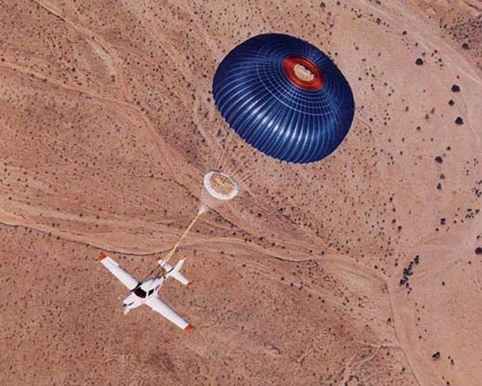 Aircraft Parachute Tfot