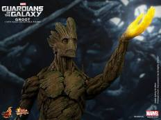 Hot Toys Guardians of the Galaxy Groot 2