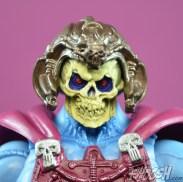 Masters-of-the-Universe-Classics-MOTUC-NA-Intergalactic-Skeletor-Review-close