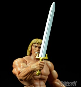 Masters-of-the-Universe-Classics-MOTUC-Oo-Larr-Review-sword-1