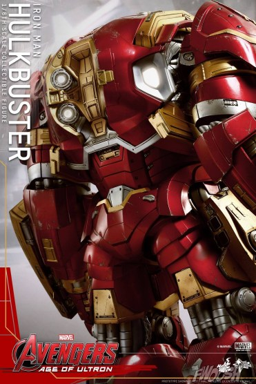 Hot Toys The Avengers Age of Ultron Iron Man Hulkbuster 4
