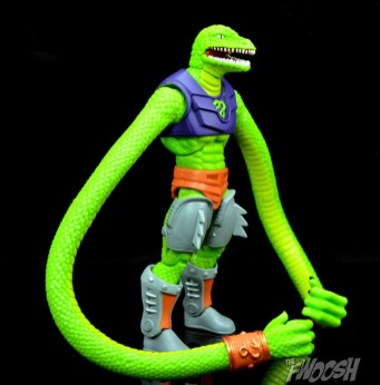 Masters-of-the-Universe-Classics-MOTUC-Sssqueeze-Review-turn-1