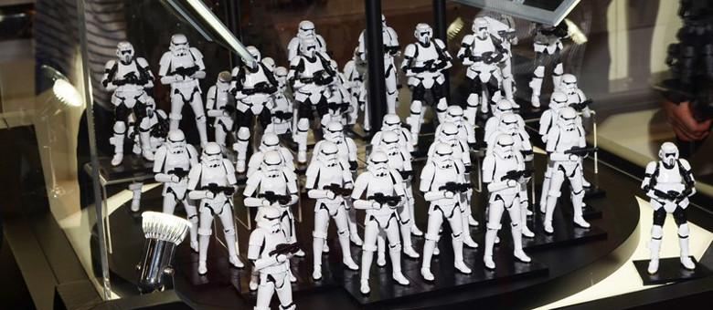 Bandai: Star Wars 1:12 Scale Boba Fett Model Kit ! | The Fwoosh