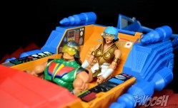 Masters-of-the-Universe-Classics-MOTUC-Talon-Fighter-and-Point-Dread-Review-backseat