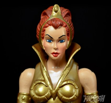 Masters-of-the-Universe-Classics-MOTUC-Talon-Fighter-and-Point-Dread-Review-teela-close