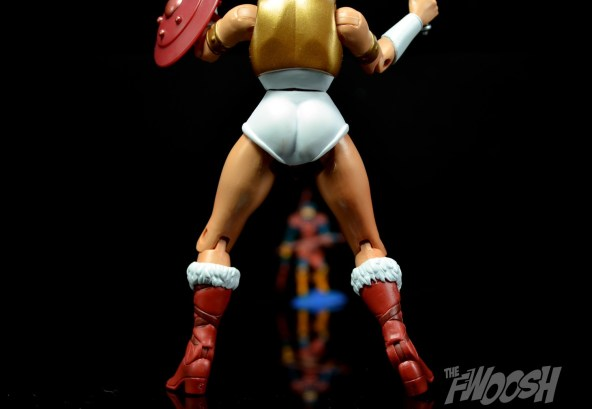 Masters-of-the-Universe-Classics-MOTUC-Talon-Fighter-and-Point-Dread-Review-teela-jump
