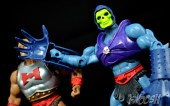 Masters-of-the-Universe-Classics-MOTUC-Terror-Claws-Thunder-Punch-Review-claw-slap