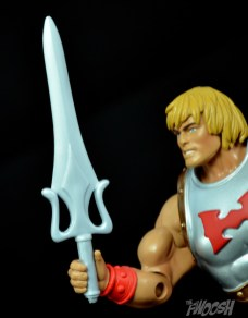 Masters-of-the-Universe-Classics-MOTUC-Terror-Claws-Thunder-Punch-Review-power-sword