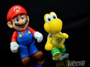 SH-Figuarts-Bandai-Super-Mario-Playset-D-Review-troopa-run