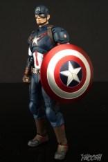Bandai S.H. Figuarts Avengers Age of Ultron Captain America 8