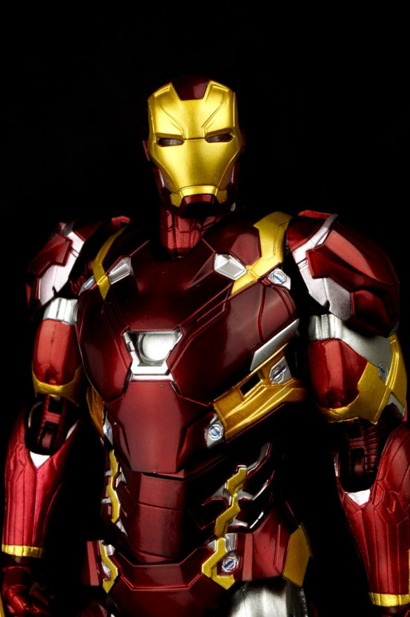 Bandai S.H. Figuarts Iron Man Mark 46