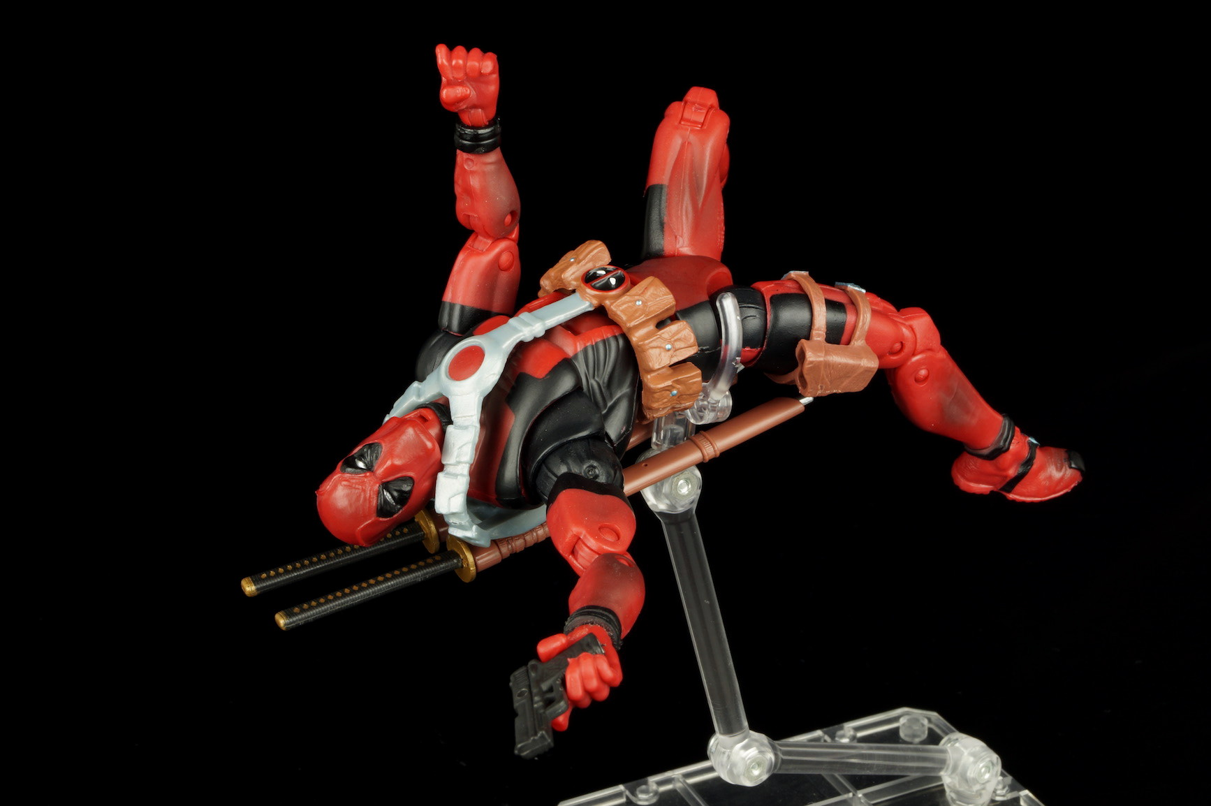 Marvel legends epic heroes deadpool review the fwoosh for Deadpool show
