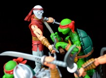 neca-nycc-eastman-and-laird-tmnt-foot-clan-fight-5